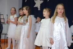Zespół wokalno- instrumentalny uczennic z klasy 1, 2 i 3.