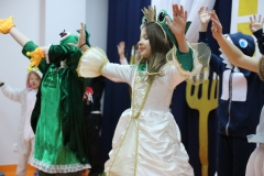 La, la, la, la!  Karinka odnalazła swojego wymarzonego Księcia.