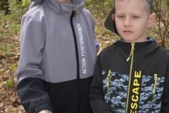 Igor i Oskar z kl. 1a wykonali bardzo ciekawe obrazki.