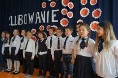 Występ uczniów klas II-IV.