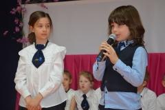 Karina i Wiktor - uczniowie kl. 2 dedykują swoim Rodzicom wierszy.