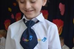 Ola otrzymała promocję do klasy trzeciej.