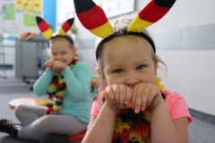 Der Hase po niemiecku i bunny po angielsku. Uczymy się dwóch języków obcych.